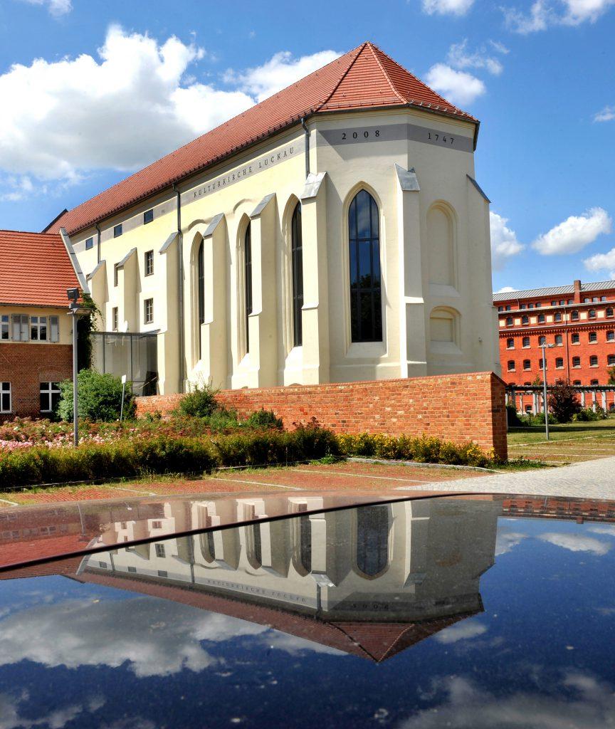 Luckau_Kulturkirche mit Spielgelbild